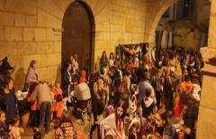 Los más pequeños lo pasan en grande con las actividades de Halloween, organizadas por las 'Antenas informativas'
