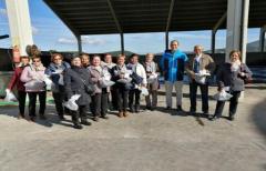 Los vecinos de Fuentespalda visitan la planta de compostaje de la comarca del Matarraña